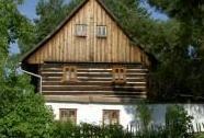 Roubený dům v Bílém Kostelci | Autor: Šárka Kopecká